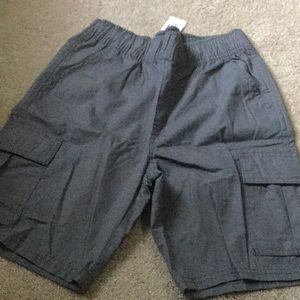 Children's Place pull on cargo shorts. New w/ tags